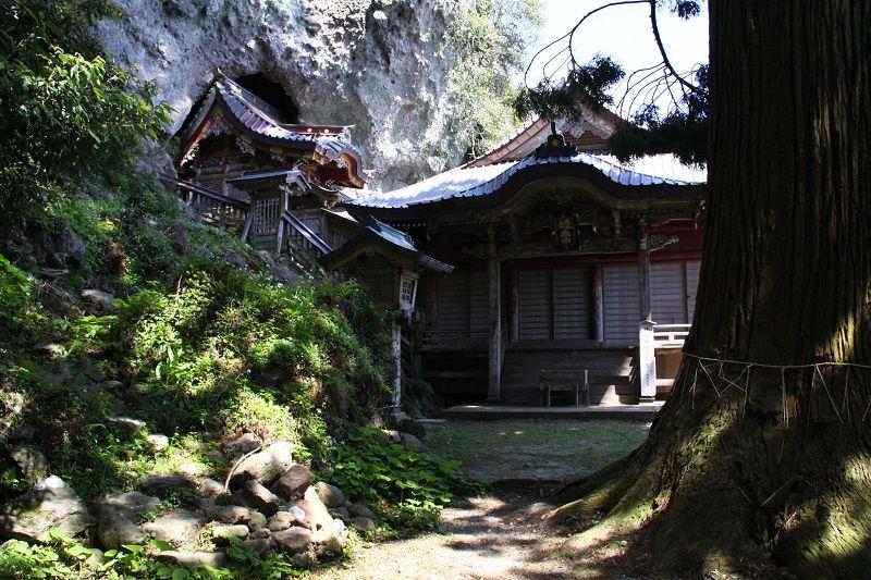 Takuhi Shrine