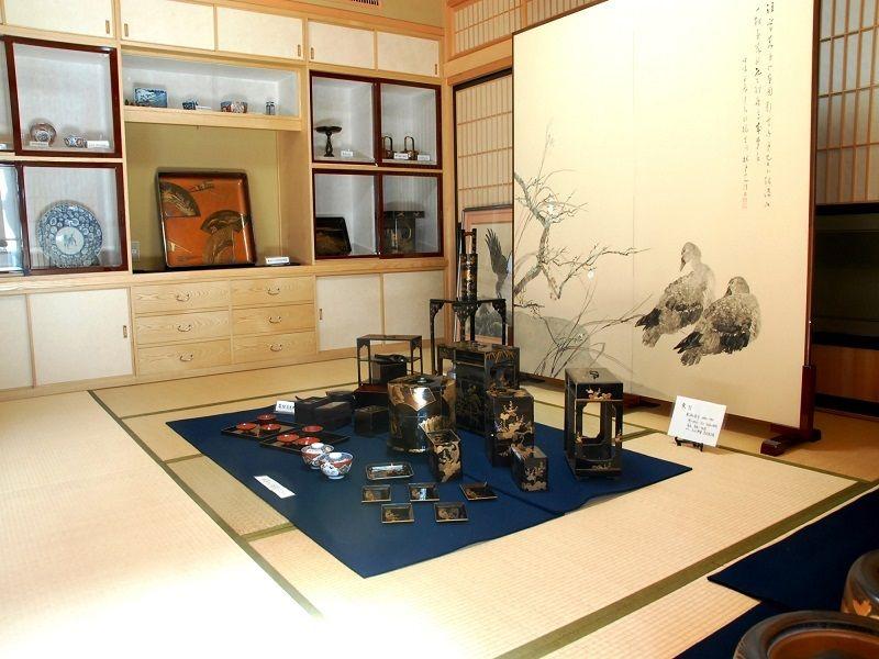 Hineno Art Gallery