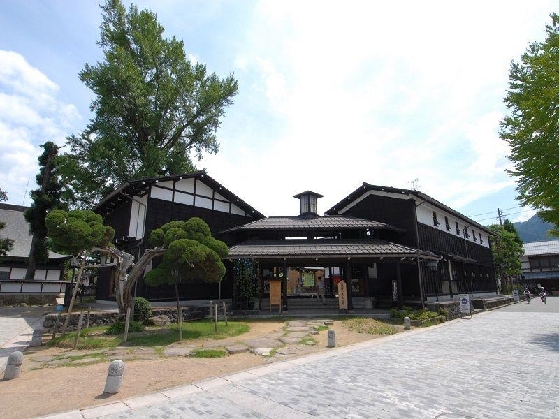 Hida no Takumi Bunkakan (Takumikan Craft Museum)