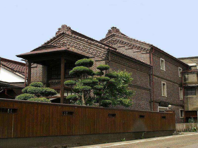 Wakaki Shoten Brick Warehouse/Showa Warehouse