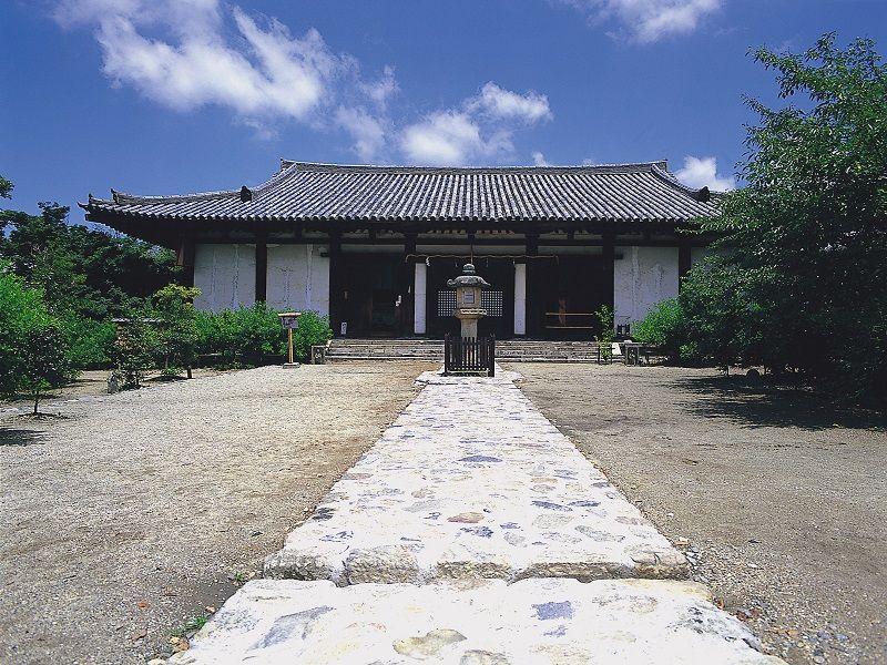 Shin-Yakushi-ji Temple