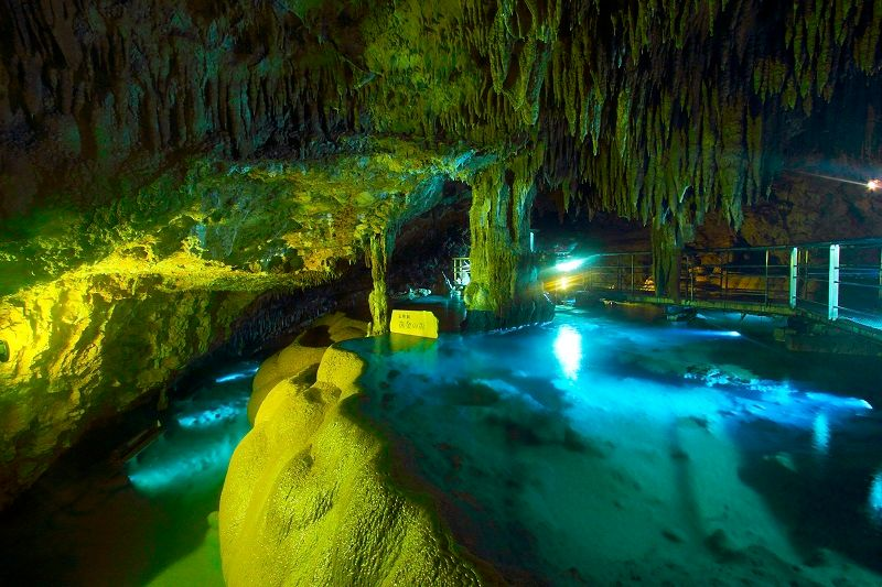 Okinawa World/Gyokusen-do Cave