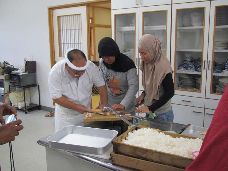 It's the time you made Sushi from Sushi Meister.  Home stay, home visit, cultural experience such as Japanese calligraphy, FUROSHIKI wrapping experience, food sample making … are available on negotiation basis.