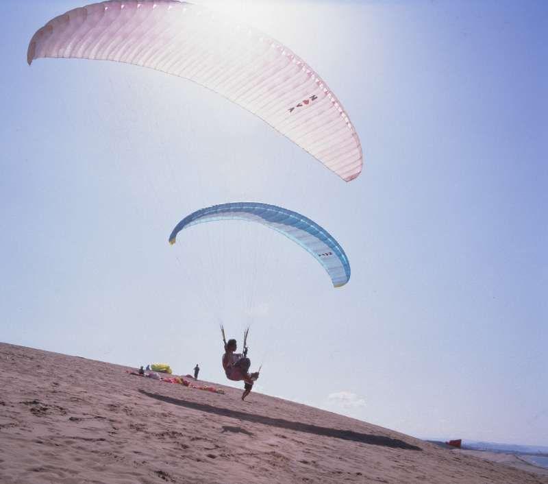 Enjoying paragliding. Tottori Sand Dunes