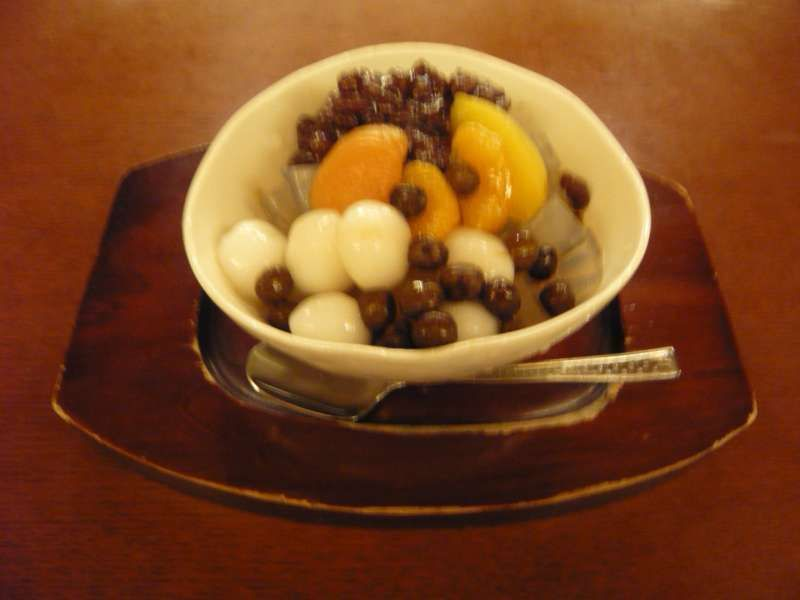 You can enjoy Japanese tea time with healthy Japanese sweets.