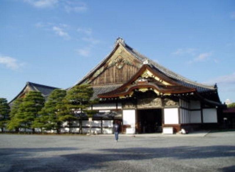 Nino Castle: Nino-maru Palace, How did the shoguns take their coffee break??/ Nijo Burg: Nino-maru Palast, wie haben die Shogun ihre Kaffeepause genommen??