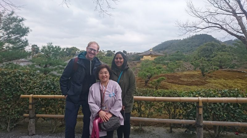 Kinkakuji is still shining in a cloudy day when with great guests!
