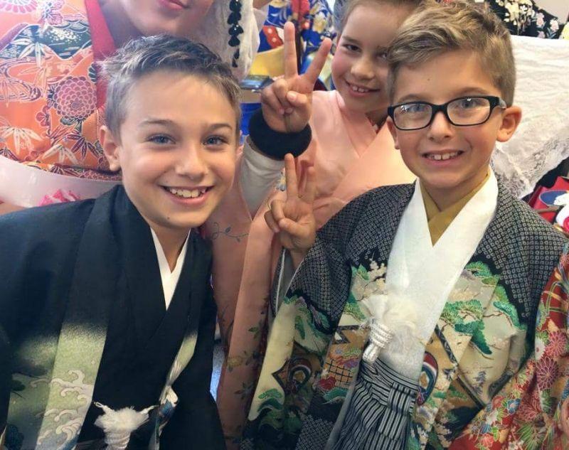 Wear Kimono and walk around Osu