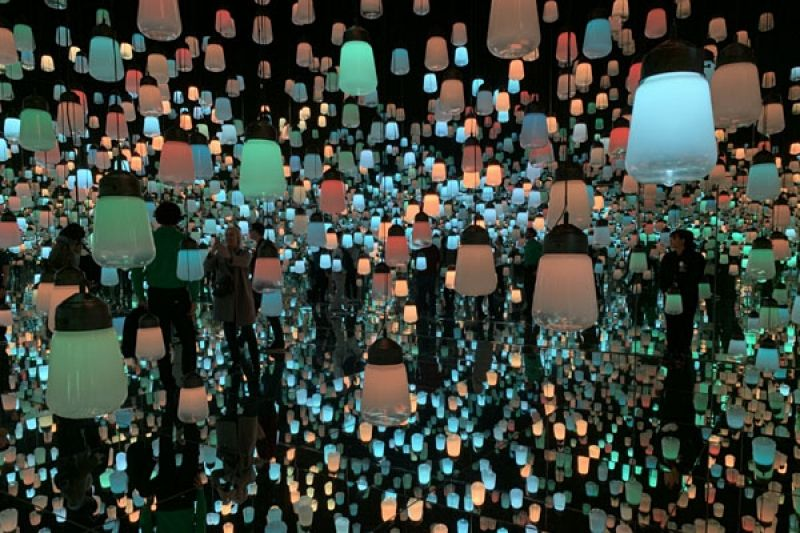 Forest of Resonating Lamps, teamLab Borderless