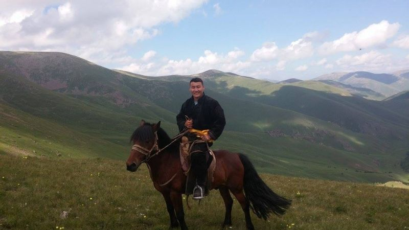 Would you like to ride through remote parts of Mongolia like a real herder?   Join with this horse-trekking. Big canyon, the chains of lakes,  real nomadism, the biggest waterfall in Mongolia... time to ride