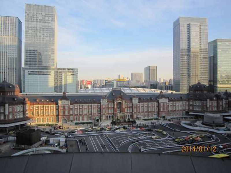 Beautiful Tokyo Station Building - If you're interested, I'll take you there on my Tokyo tours.