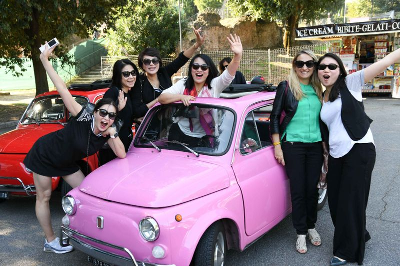 Live your PINK experience in  Rome :)