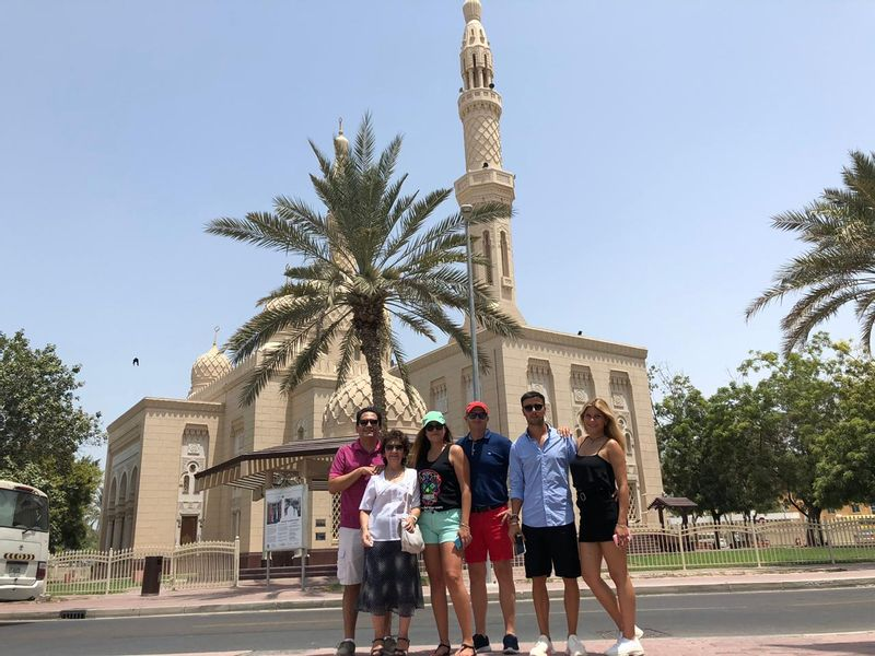 Jumeirah Mosque Photo stop