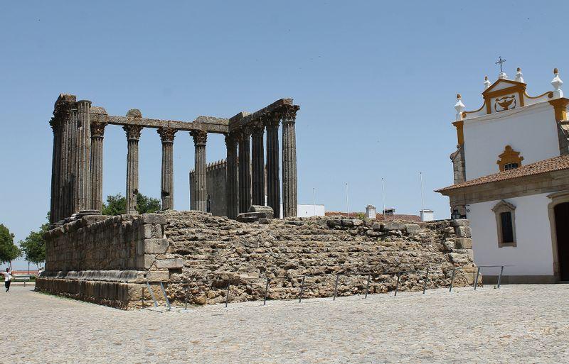 Roman Tempel in Évora