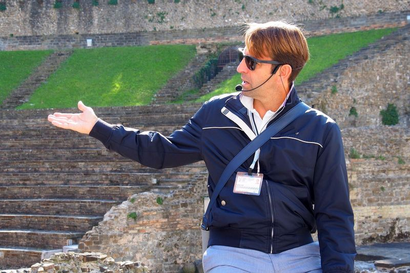 Andrea Gilli tour guiding