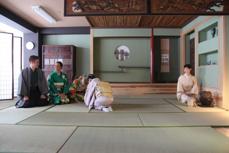 Kimono & Tea Ceremony Lesson