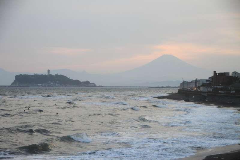 Sunset (Mt.Fuji & Enoshima) at Inamuragasaki, Kamakura, Kanagawa
