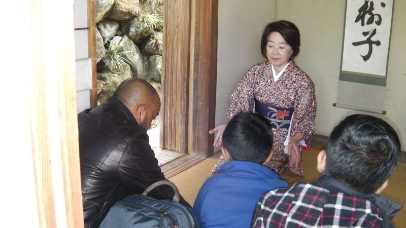 Hakone tour; Tea ceremony at Gora park