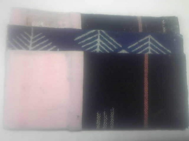 If my guests use traffic card such as PASMO, you will receive my hand-made card case as a gift. It is O-O-O (only one original) card case on the earth. The case is wrapped with kimono cloth.