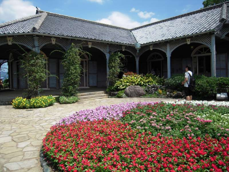 Glover House is the oldest remaining colonial style building in Japan and it was designated as the world heritage.(Nagasaki)