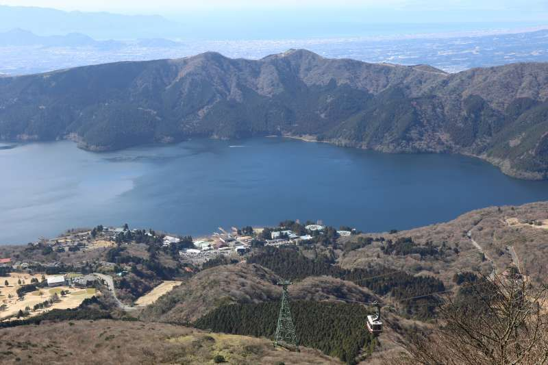 Lake Ashi in Haknoe, close to Mt. Fuji. A suspension cable car is also shown on the right side bottom corner.