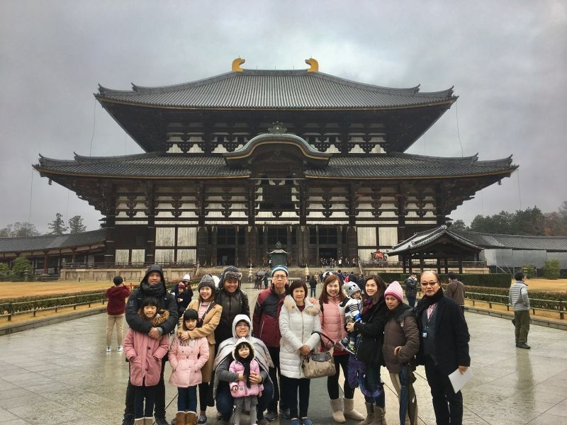 in front of Great Buddha Hall, Todaiji Temple