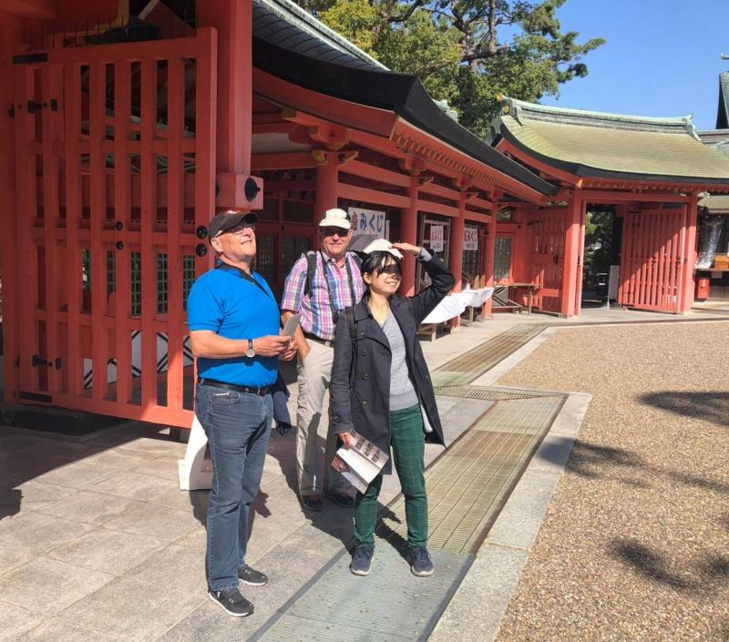 Visiting a beautiful shrine with my customers from Swizerland.