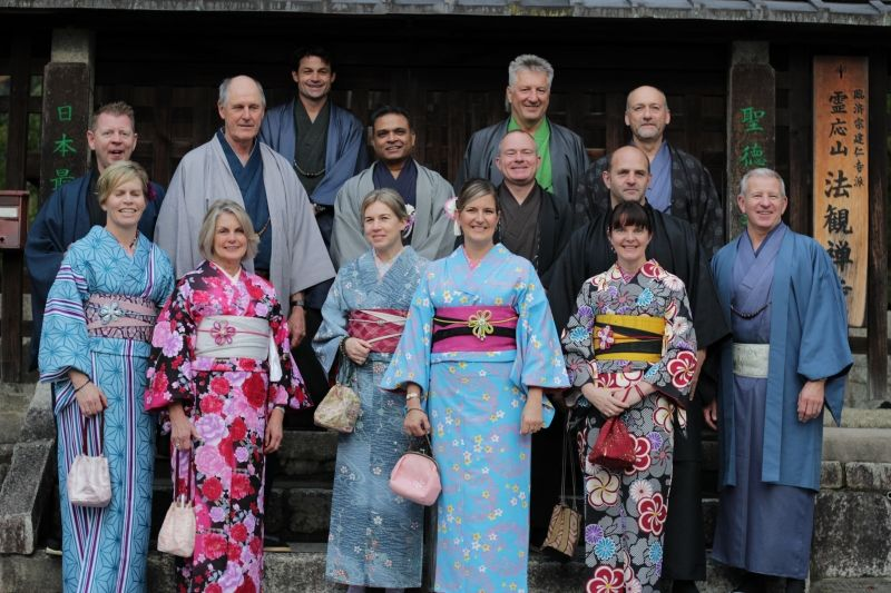 I organized tailor-made tour with 18 people from New Zealand.