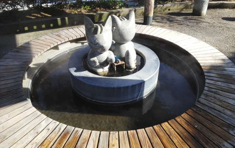 Lover's Sanctuary and Onsen(hot spring) in Niigata Prefecture