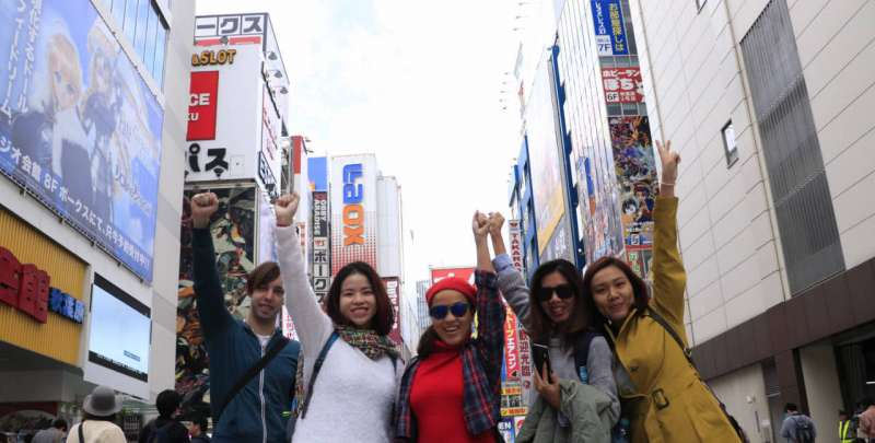 Do we really need a guide to travel in Japan?