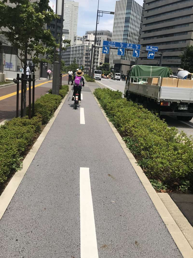 Cycling tours in Tokyo.