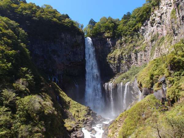 Four Great Waterfalls of Japan