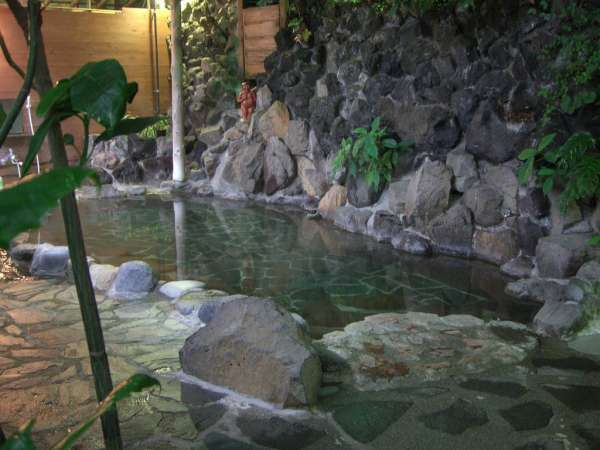 Three Great Places to Enjoy Onsen