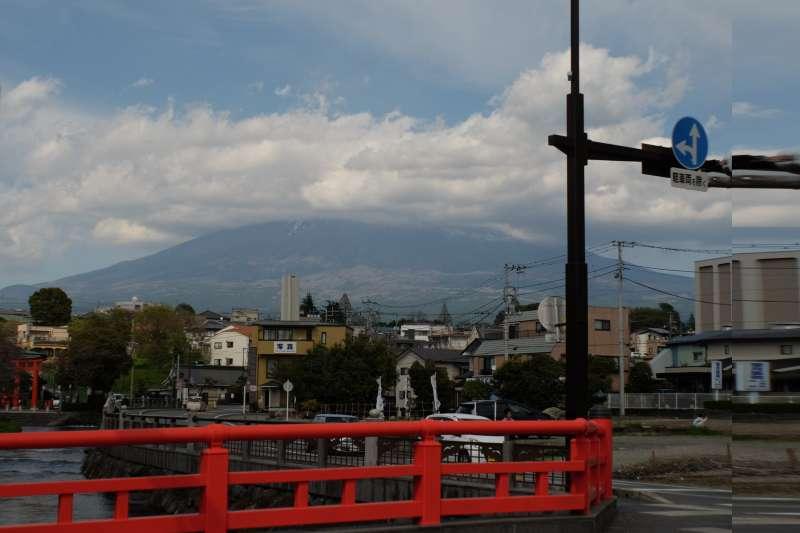 Mt. Fuji (only the lower part of it) as seen from Fujisan Hongu Sengen Taisha Shrine