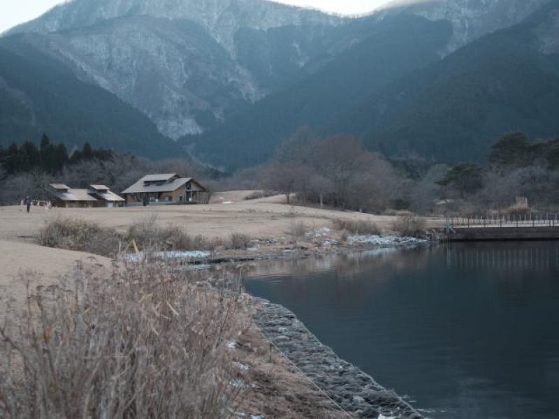 Lake Tanuki in winter (optional)