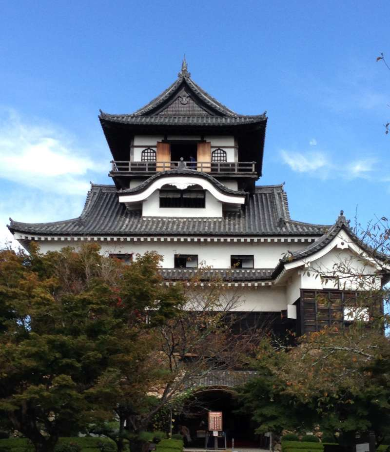 The main castle tower is said to be the oldest standing castle tower in Japan, which is registered as a national treasure.