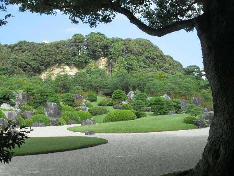 Adachi Museum of Art: dry landscape garden