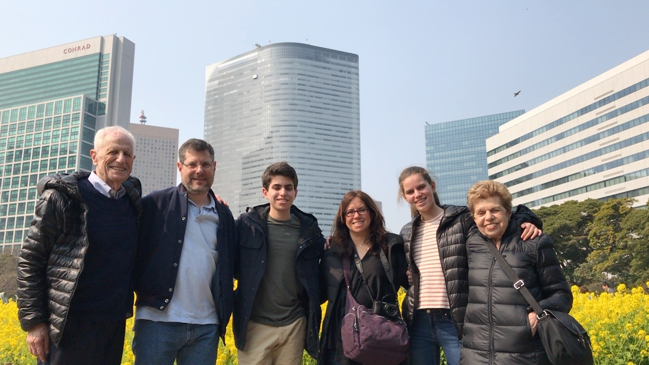 Private tour as-you-like in Central Tokyo