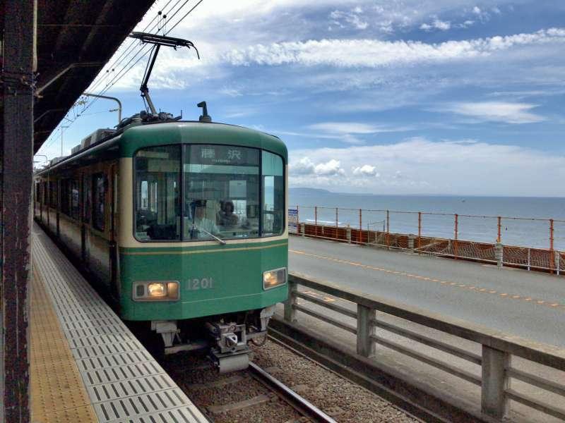 Enoden, or Enoshima Electric Railway, a tram running near the Kamakura's beach