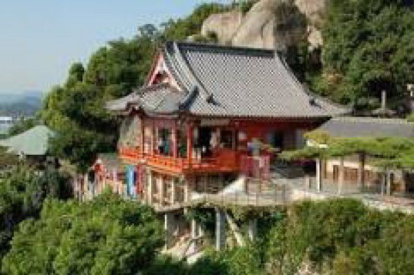 6. Sightseeing of Senkoji Temple & Park : about 1 hour