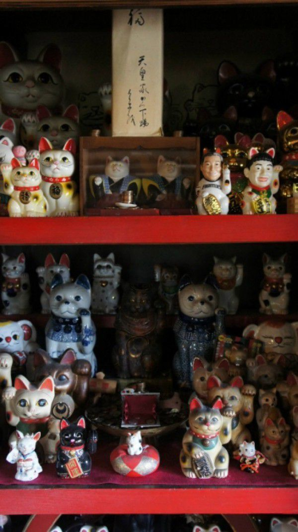 4. Maneki Neko (Beckoning Cats) Art Museumrequired time : about 20 minutes