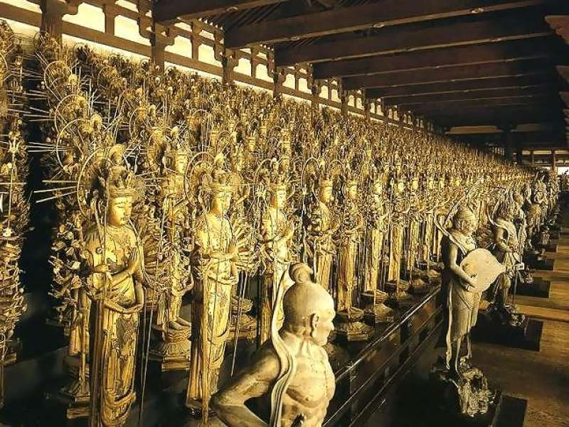 1.Miyabi & 3. History: One thousand one statues of Buddha in Sanjusangen-Do Temple
