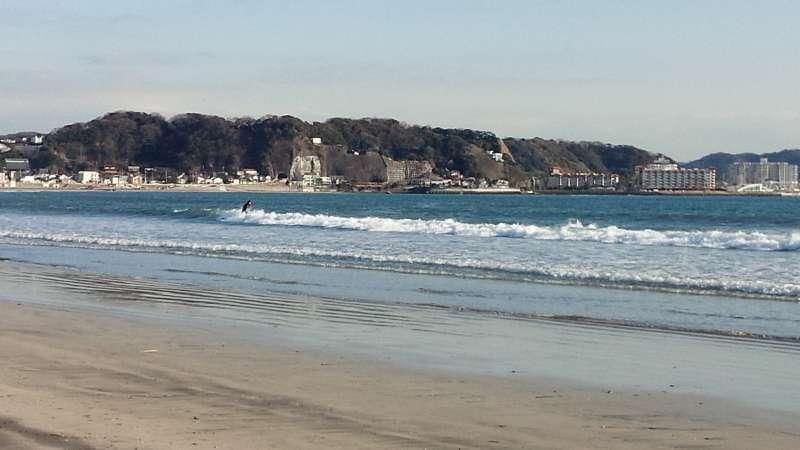 Yuigahama Beach near Hasedera Temple.