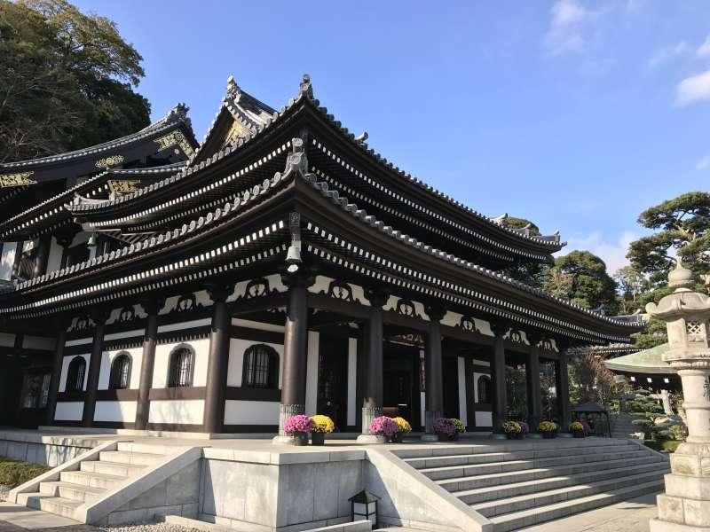 Hasedera Temple, featuring the huge statue of Kannon Bodhisattva in Kamakura