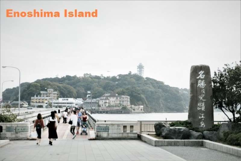 3. Enoshima is often compared to Mont Saint-Michel, a Mysterious Beautiful Island
