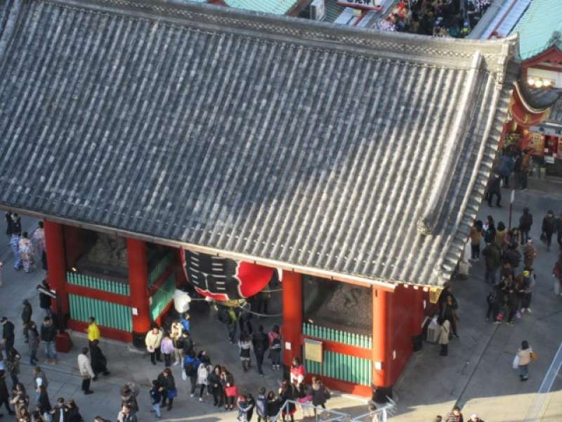 Kaminarimon gate From the top.