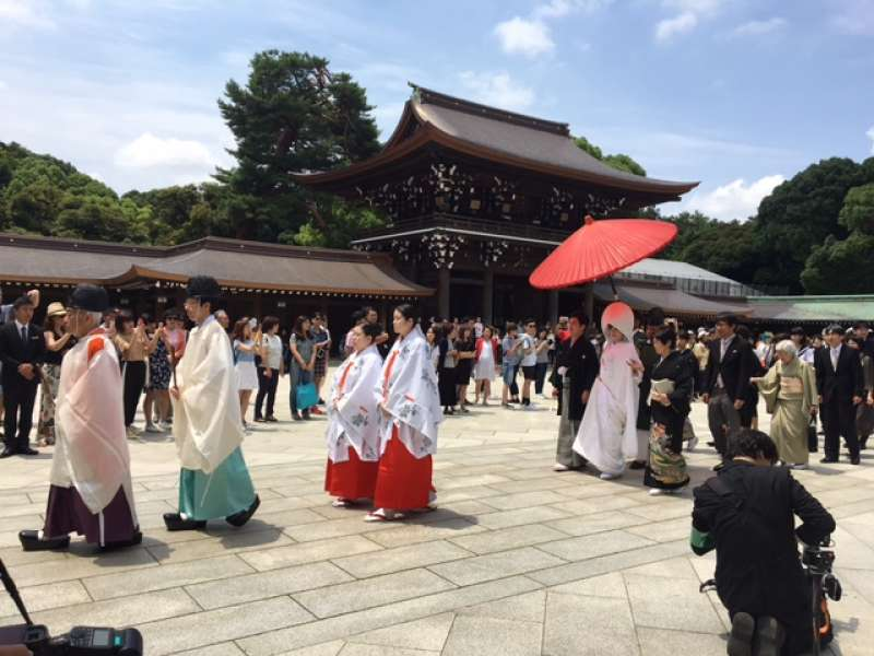 Japanese style wedding procession in Meiji Shrine