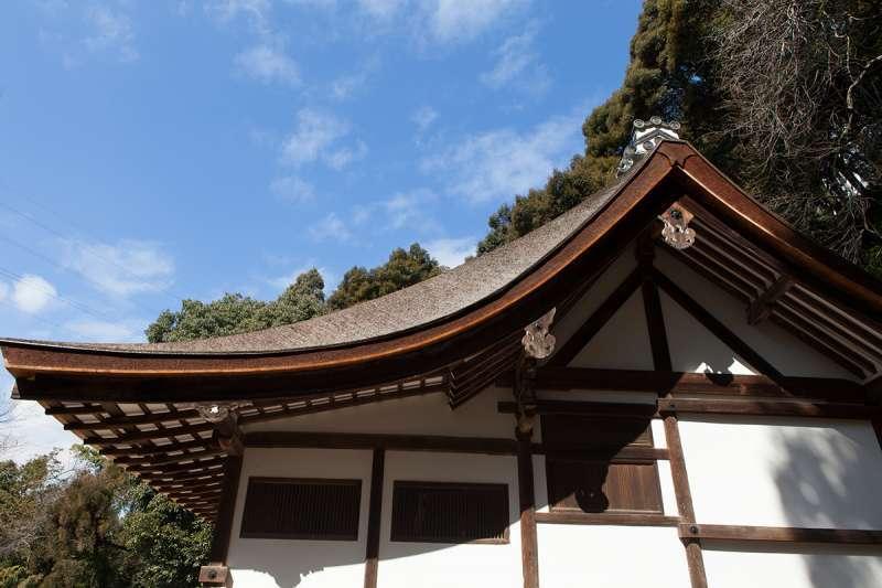 Nagare-zukuri style of the roof design, the sanctuary of Ujigami Shrine