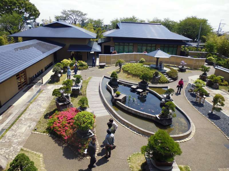 The courtyard of Bonsai Art Museum viewed from the second floor