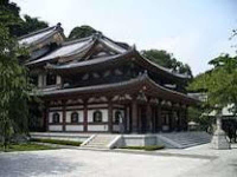 Hasedera temple in Kamakura.